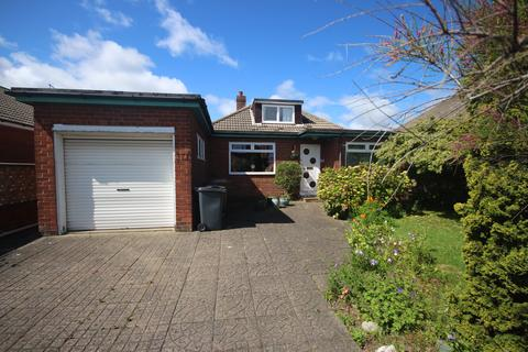 3 bedroom detached bungalow for sale - Longridge Drive, Whitley Bay, NE26 3EN