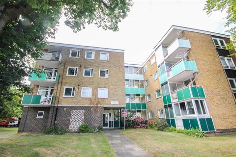 2 bedroom apartment to rent - Malwood Avenue, Southampton