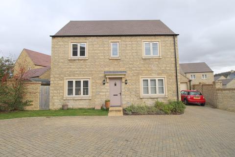 4 bedroom detached house for sale - Winchcombe