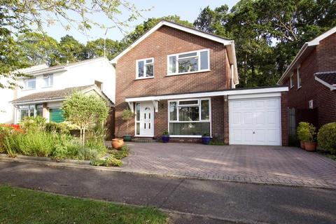 4 bedroom detached house for sale - Potters Way, Whitecliff, Poole, Dorset, BH14