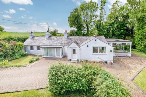 3 bedroom detached bungalow for sale - Axton, Flintshire