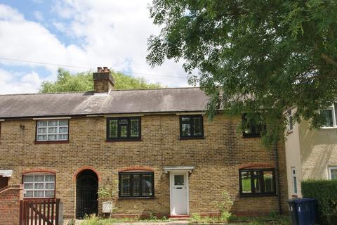 3 bedroom terraced house to rent - St Andrews Road, London