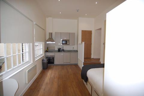 Studio to rent - Harford House, City Centre