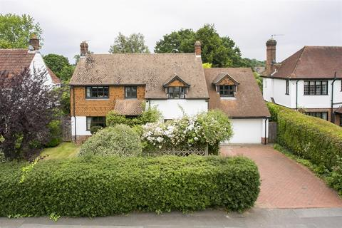 5 bedroom detached house for sale - The Ridgeway, Tonbridge