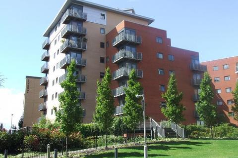 2 bedroom flat to rent - Velocity West, City Walk