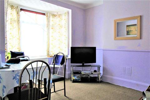 3 bedroom house to rent - Dale Road, Luton