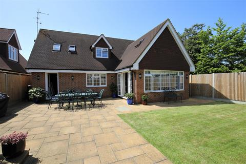 3 bedroom detached house for sale - Warnford Gardens, Maidstone