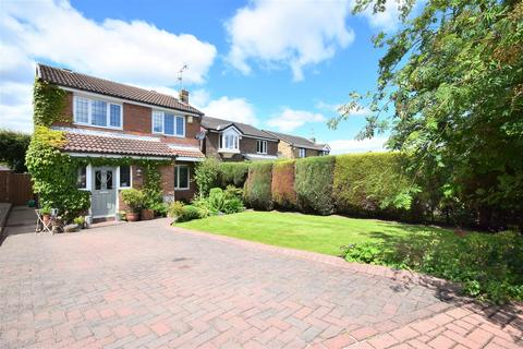 3 bedroom detached house for sale - Meadow View, East Herrington, Sunderland