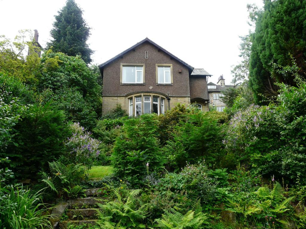4 Bedrooms Unique Property for sale in Ferncliffe Drive, Utley, Keighley, West Yorkshire