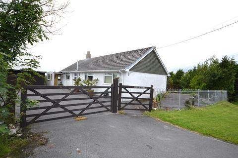 4 bedroom detached bungalow for sale - Bancyffordd