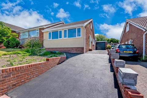 3 bedroom semi-detached bungalow for sale - Balmoral Drive, Hednesford, Cannock