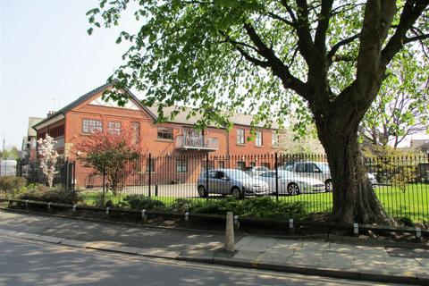 1 bedroom flat to rent - Printers Stone Apartments, Monton Green, Manchester