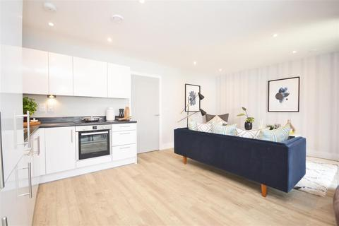 2 bedroom apartment for sale - Dominion Court, London Road, Hounslow, TW3