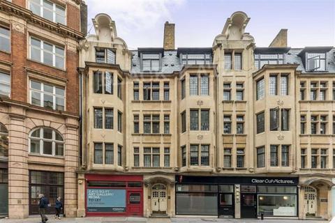 3 bedroom flat to rent - Newman Street