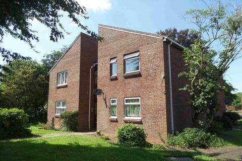 Studio to rent - Weyhill Close, Pendeford, Wolverhampton, West Midlands, WV9