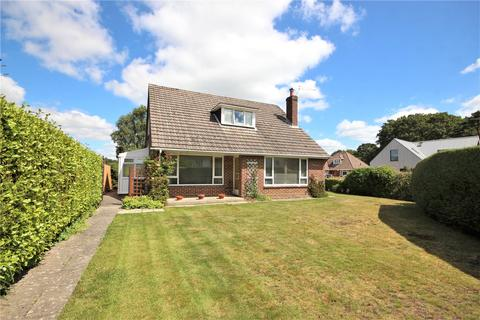 3 bedroom detached house for sale - Corfe Way, Broadstone, BH18