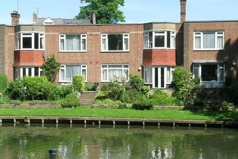 1 bedroom flat to rent - Riverside Court, Chesterton Road
