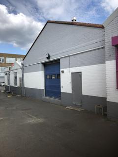 Industrial unit to rent - Farnham Road SL1