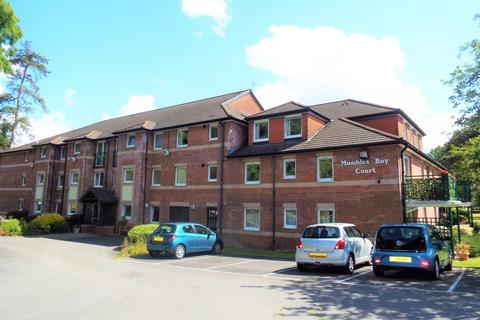 2 bedroom flat for sale - 31 Mumbles bay Court Blackpill Swansea