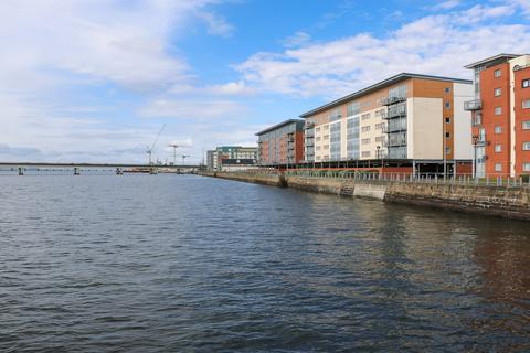 2 bedroom apartment to rent - Marine Parade , City Quay , Dundee DD1