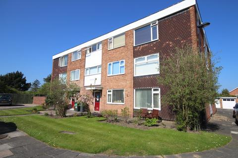1 bedroom flat for sale - Nevis Court, Whitley Lodge, Whitley Bay, NE26