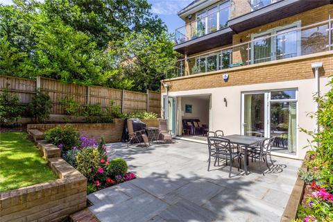 2 bedroom flat to rent - Alexander Court, 91 Ducks Hill Road, Northwood, Middlesex, HA6