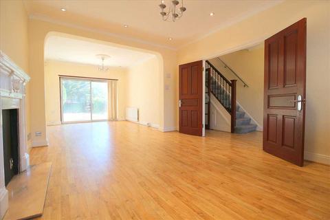 3 bedroom semi-detached house to rent - Brinkworth Road, Clayhall, Clayhall