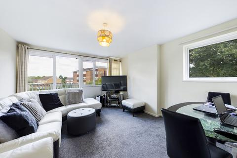 2 bedroom flat to rent - Highams Hill, Gossops Green