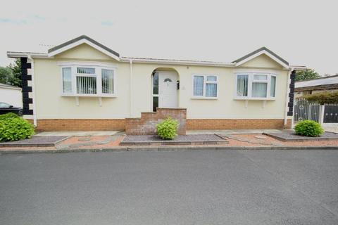 2 bedroom detached bungalow for sale - Willow Brook, Sandycroft