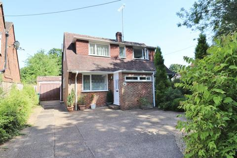 3 bedroom chalet for sale - Valebridge Road, Burgess Hill, West Sussex.