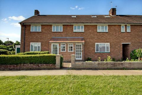 6 bedroom terraced house for sale - Sefton Avenue, Harrow Weald