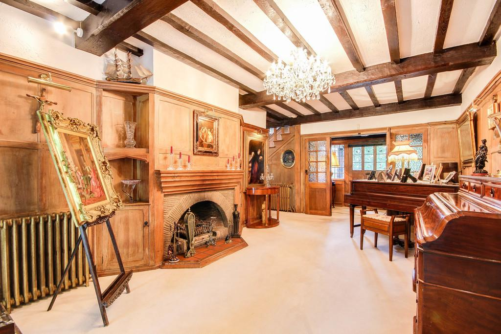 Webb Estate Purley Surrey 5 Bed Detached House For Sale
