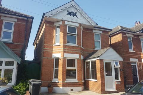 4 bedroom detached house for sale - Hankinson Road, Bournemouth, BH9