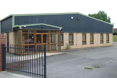 Industrial unit to rent - Off Louth Road, Horncastle