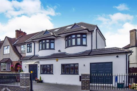 5 bedroom house for sale - Thurleston Avenue, Morden