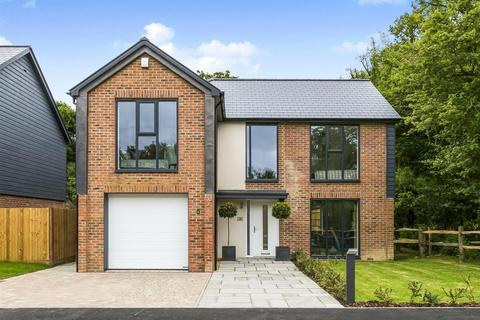 4 bedroom detached house for sale - The Field Crest, Ditchling Road, Wivelsfield,