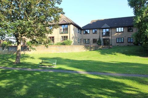 2 bedroom retirement property for sale - Kingfisher Lodge, The Dell, Chelmsford, Essex, CM2