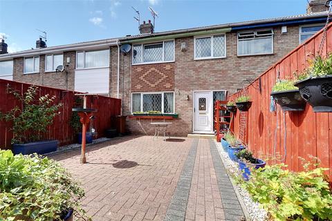 3 bedroom terraced house for sale - Marsdale, Hull, East Yorkshire, HU7