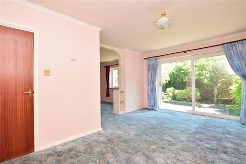 3 bedroom semi-detached house for sale - Whitefriars Meadow, Sandwich, Kent