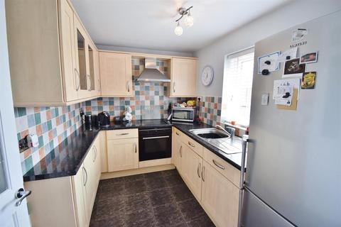 3 bedroom semi-detached house for sale - Vulcan Way, Thornaby, Stockton-on-Tees, TS17 9PF