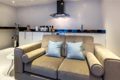 2 bedroom property to rent - Mansio Suites, Basinghall Building, 10 Butts Court, Leeds, LS1