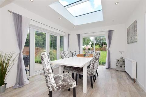 4 bedroom detached bungalow for sale - Ashford Road, Bearsted, Maidstone, Kent