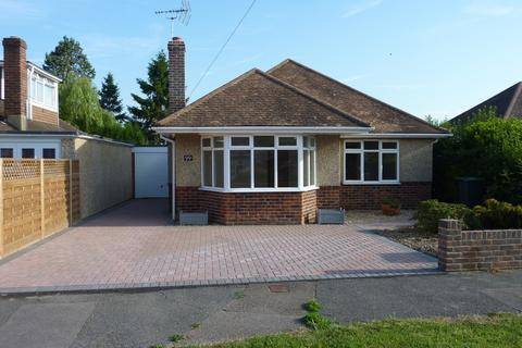 3 bedroom detached bungalow to rent - Mackie Avenue, Hassocks BN6