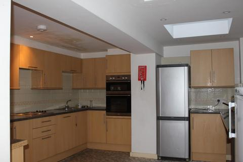 6 bedroom property to rent - st georges terrace, BRIGHTON BN2