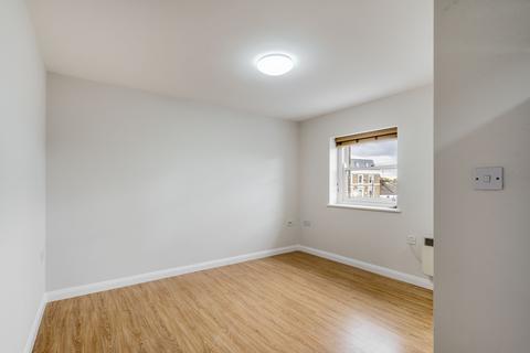 2 bedroom flat to rent - Goldhawk Road, Shepherds Bush, London, W12