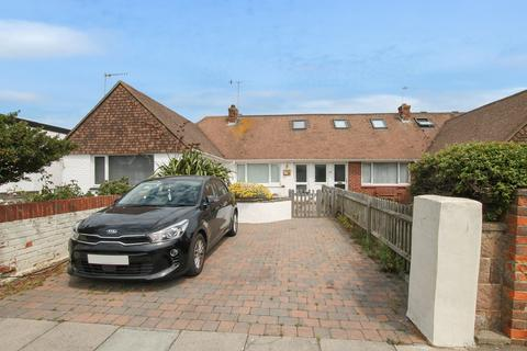 2 bedroom chalet for sale - East Meadway, Shoreham-by-Sea, West Sussex, BN43 5RF