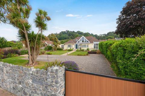 6 bedroom detached bungalow for sale - Moor Lane, Torquay