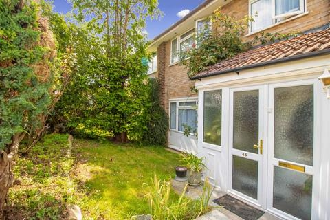 4 bedroom semi-detached house for sale - Ambleside Gardens, South Croydon