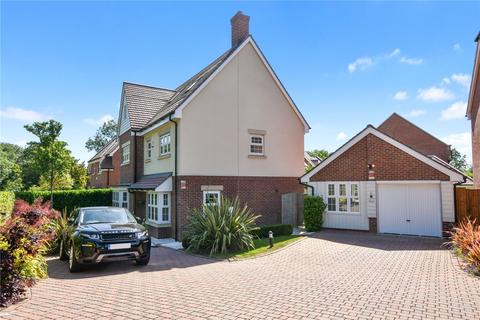 6 bedroom detached house to rent - Ducks Hill Road, Northwood, Middlesex, HA6