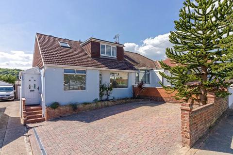 3 bedroom bungalow for sale - Alandale Road, Lancing